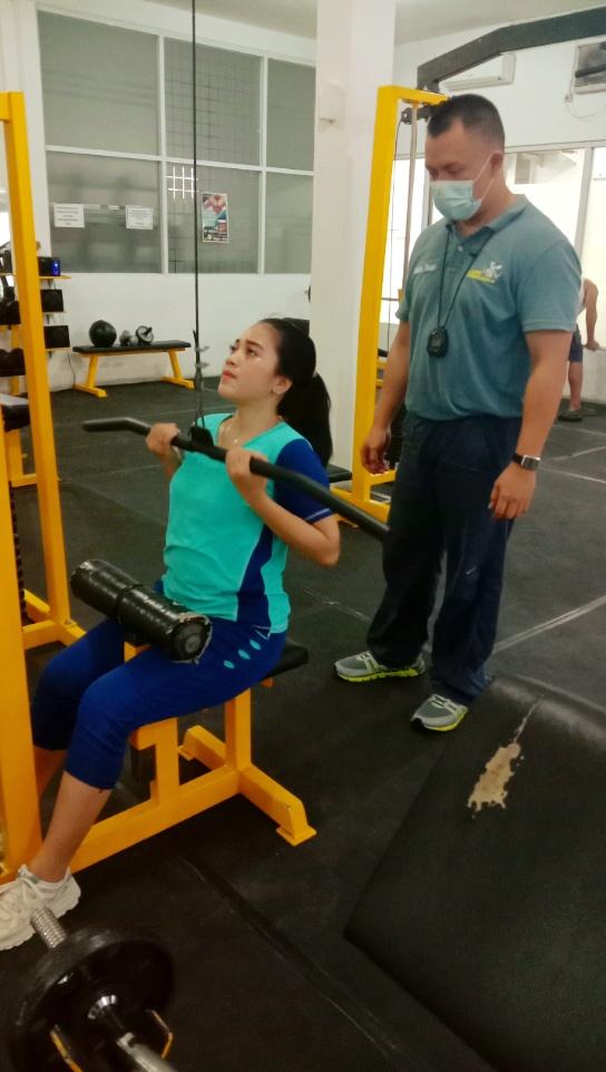 Manfaat Berlatih di Gym Untuk Wanita
